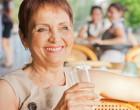 Padesátnice v kavárně