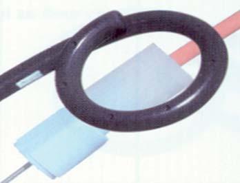 4. Filiform stent s dvěma pigtaily. Materiál: Sof-Flex, černý silikon. Může mít hydrofilní povrch.