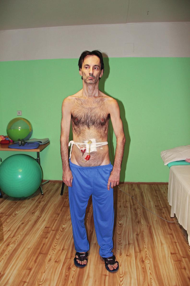 Ukázka držení těla – pohled z boku.