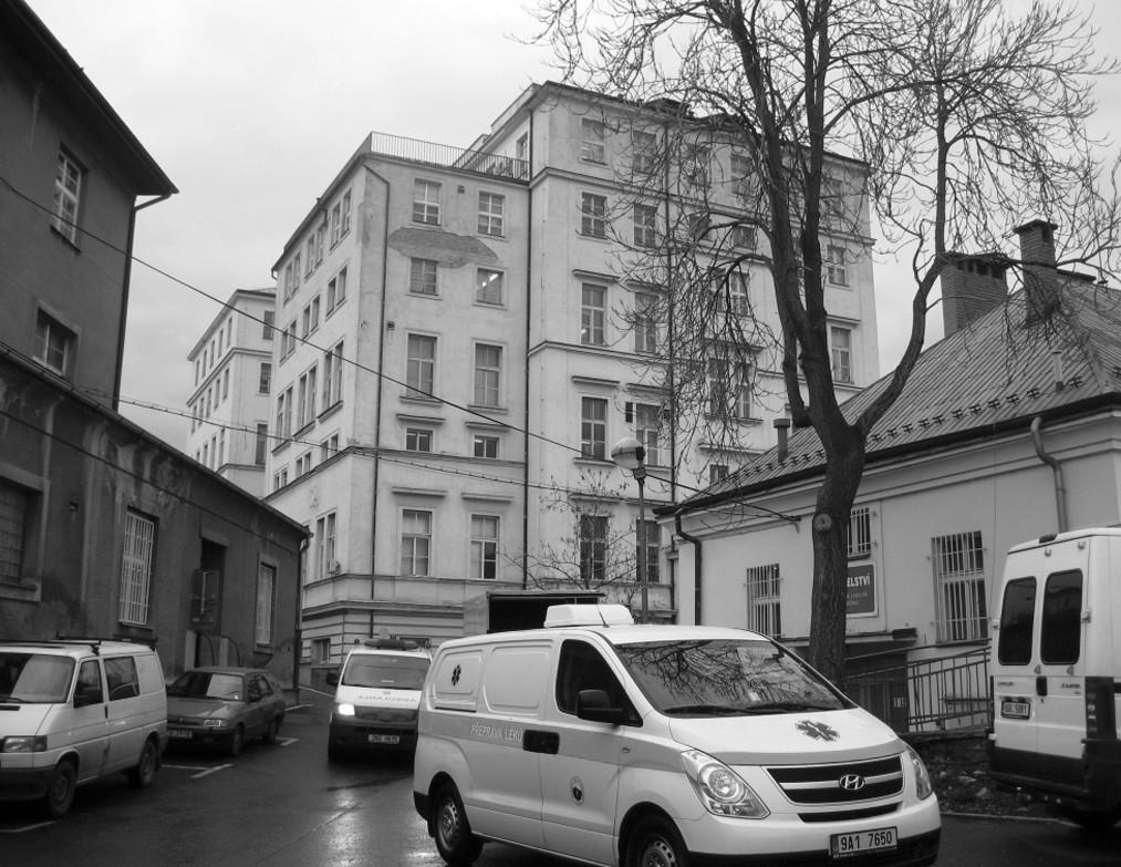 Místo, kde byla v roce 1988 Obezitologická jednotka založena – IV. interní klinika 1. lékařské fakulty a Všeobecné fakultní nemocnice