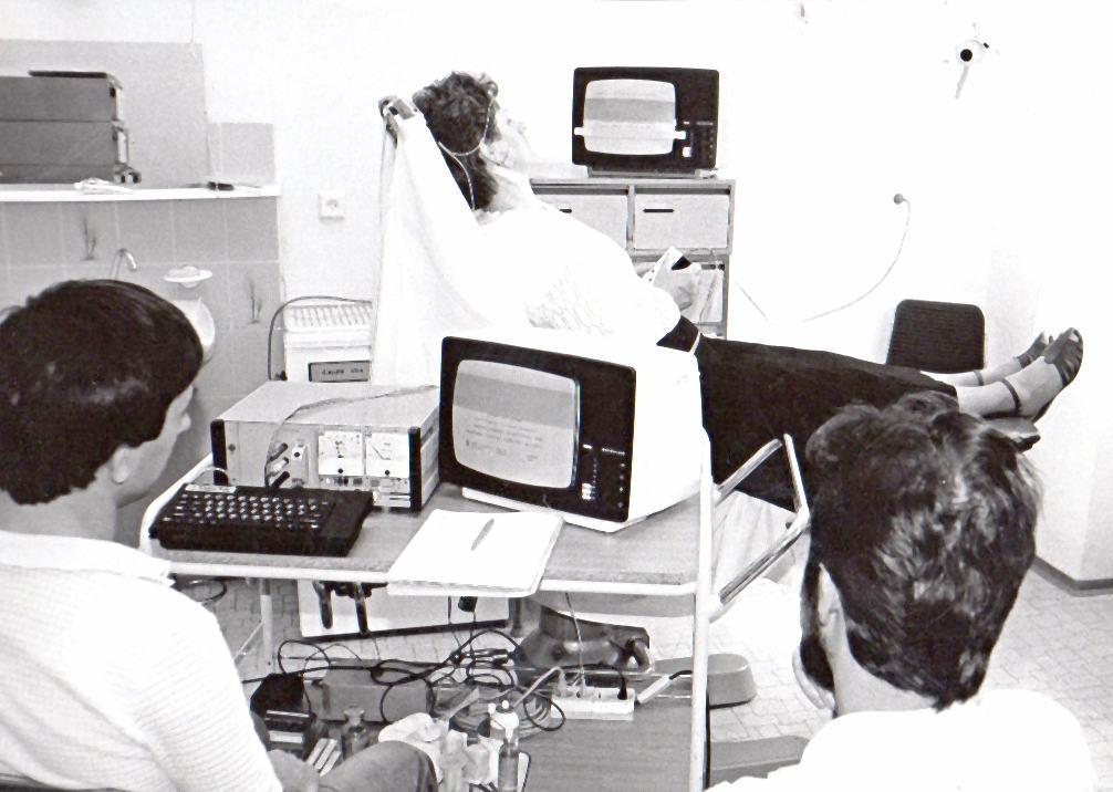 Testování pacienta před kochleární implantací