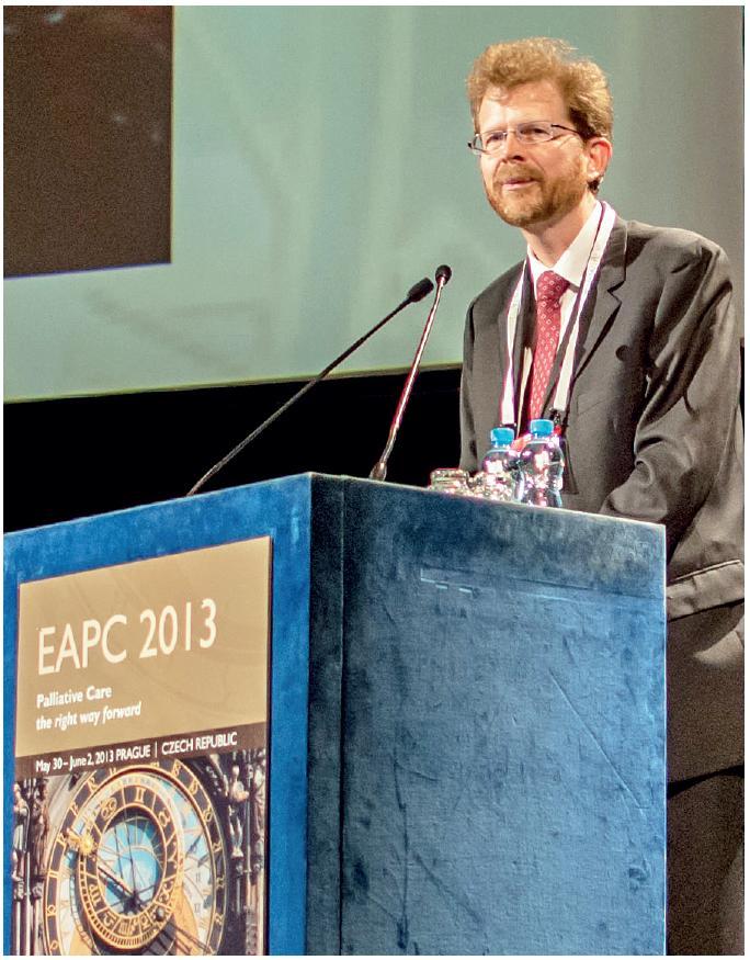 Profesor Lukas Radbruch při zahájení konference. Foto: archiv ČSPM