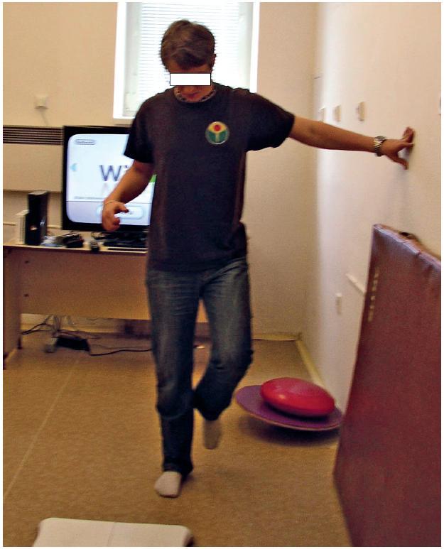 Stoj na PDK před balanční terapií.