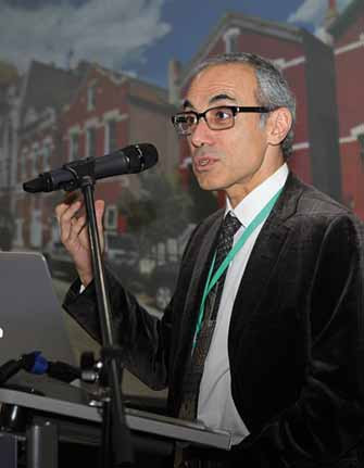 Prof. Fady Charbel, Neurochirurgická klinika University of Illinois, Chicago, USA.