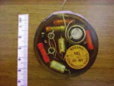 První dlouhodobě fungující kardiostimulátor byl implantován 3. února 1960 v Uruguayi. Jednalo se o upravený Senningův model. Pacientka přežila 9 měsíců a zemřela na infekční komplikaci.