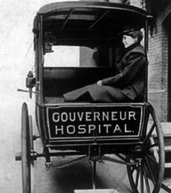 Snímek ambulance otištěný v New York Times 30. 6. 1903