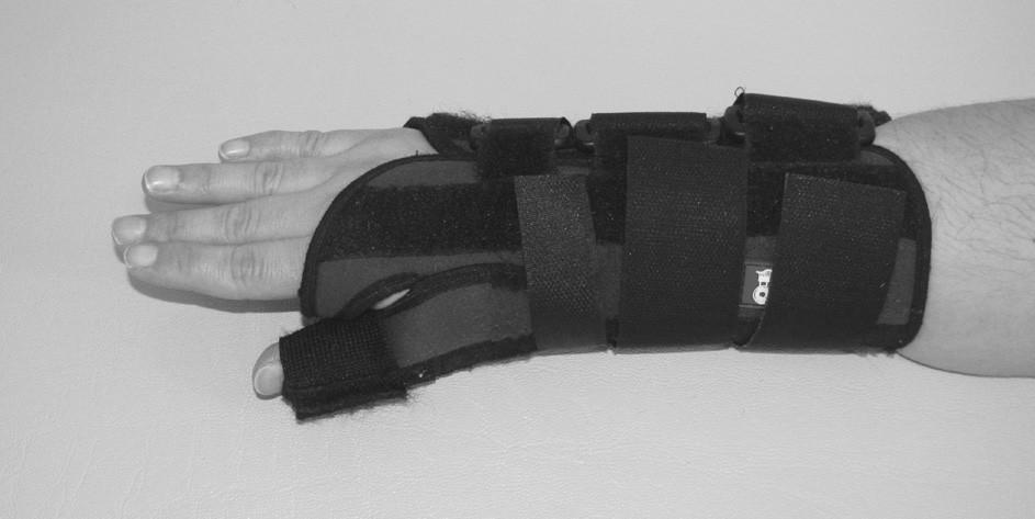 Zápěstní ortéza s fixací palce