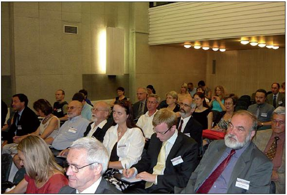 Pohled do sálu na účastníky kongresu