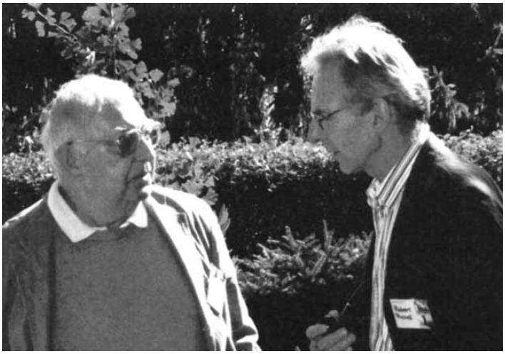 Prof. B. Sikyta (vlevo) s R. Russellem