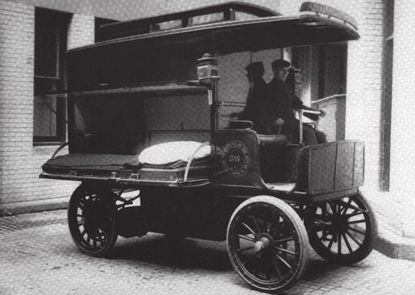 Sanitní vůz s elektrickým pohonem, 1909 (National EMS Museum)