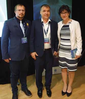 Ocenění dr. Doležel a dr. Pintová ve společnosti prezidenta kongresu doc. Martínka.
