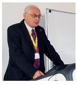 Jednání kongresu zahájil prof. Stárek.
