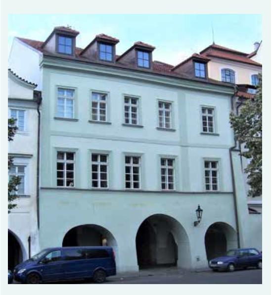 Uhelný trh 414/9 – bydliště rodiny (1848–1852) a Ottův rodný dům (1849)