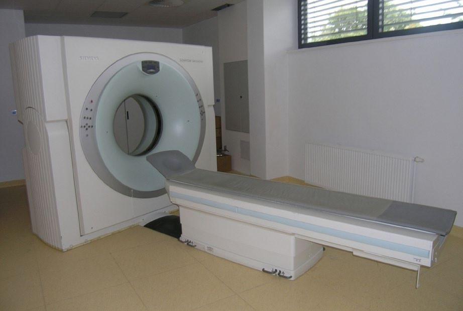 CT přístroj ve VÚSL v Praze-Střešovicích