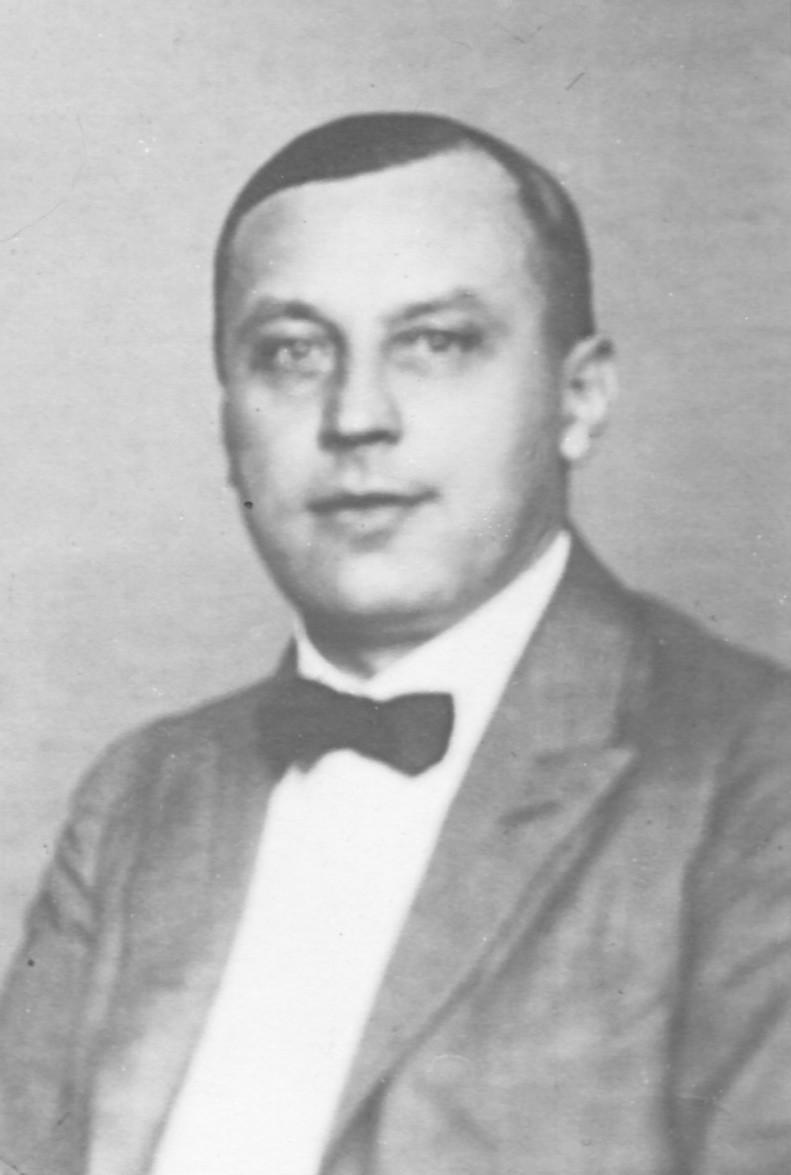 Prof. Dr. med. Josef Hohlbaum. Snímek z roku 1936 (ze soukromého archivu Dr. med. K. Hohlbauma) Fig. 3. Prof. Josef Hohlbaum, M.D. Picture from year 1936 (Private archive of Dr. K. Hohlbaum)