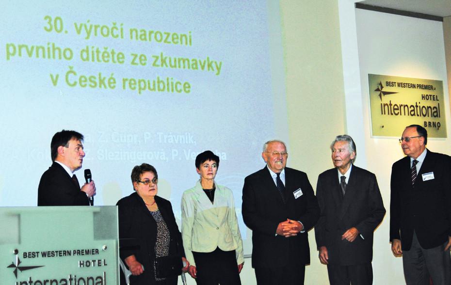 Kolektiv zrodu prvního dítěte ze zkumavky v České republice