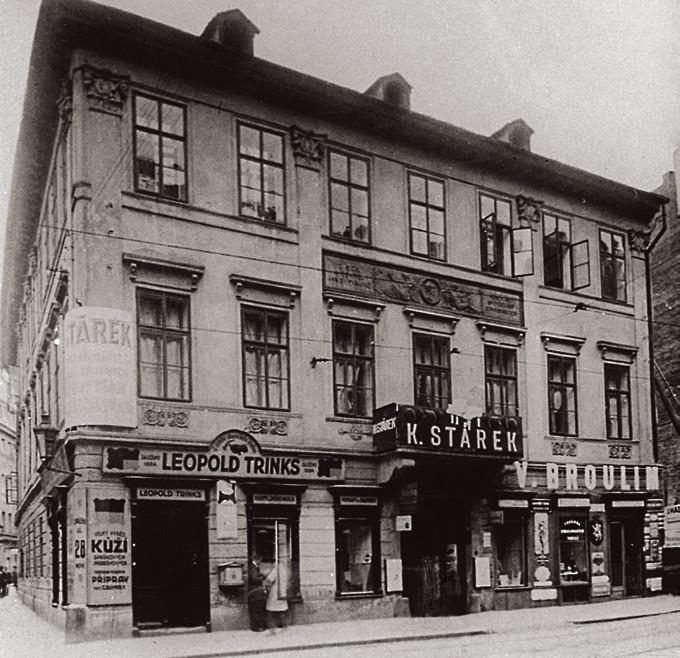 Dům J. E. Purkyně ve Spálené ulici s deskou odhalenou 15. října 1883
