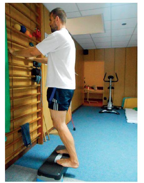 Excentrický tréning pri tendinopatií achilovej šľachy.