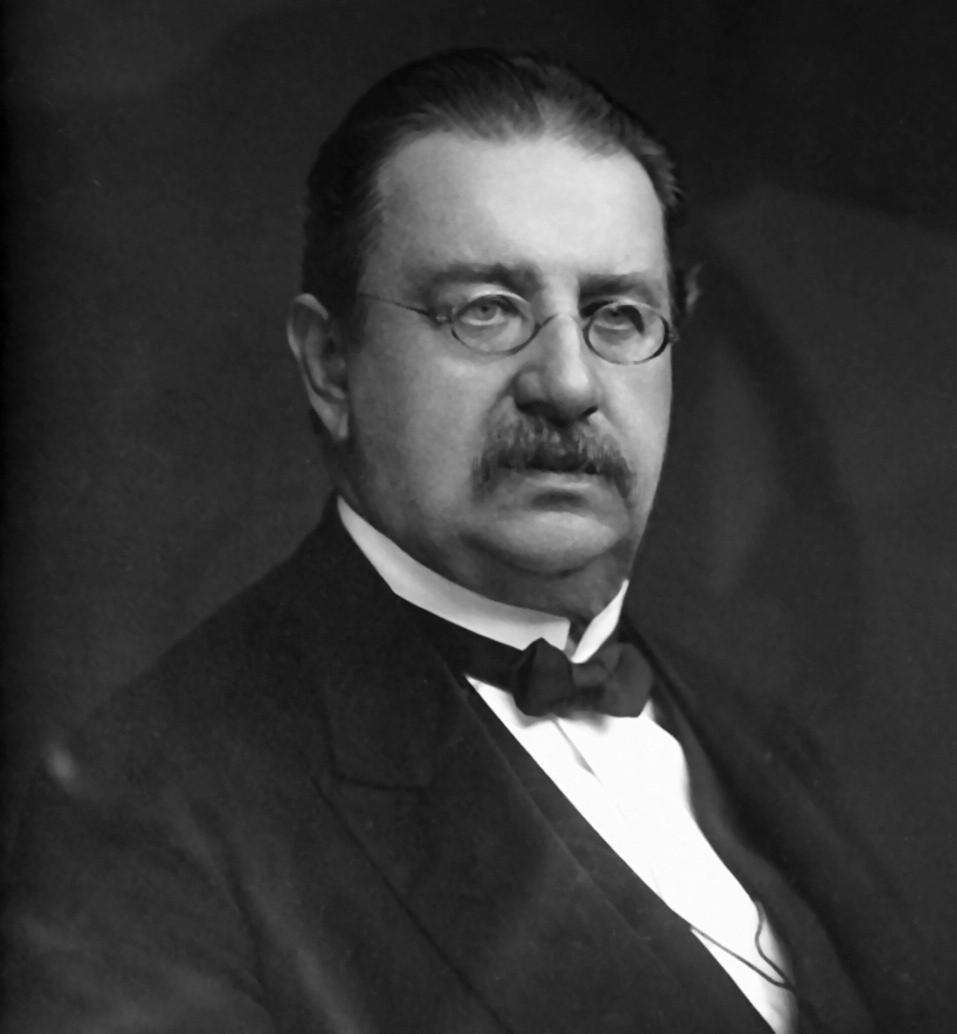 Prof. Vítězslav Janovský.