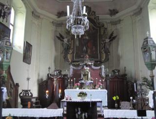 Kostel sv. Kateřiny na Kačerově v Orlických horách.