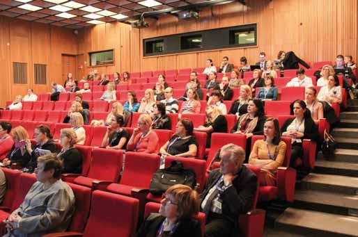 Účastníci Semináře Klinická hepatologie 2018 během přednášky. Fig. 1. Clinical Hepatology 2018 Workshop attendees during a lecture.
