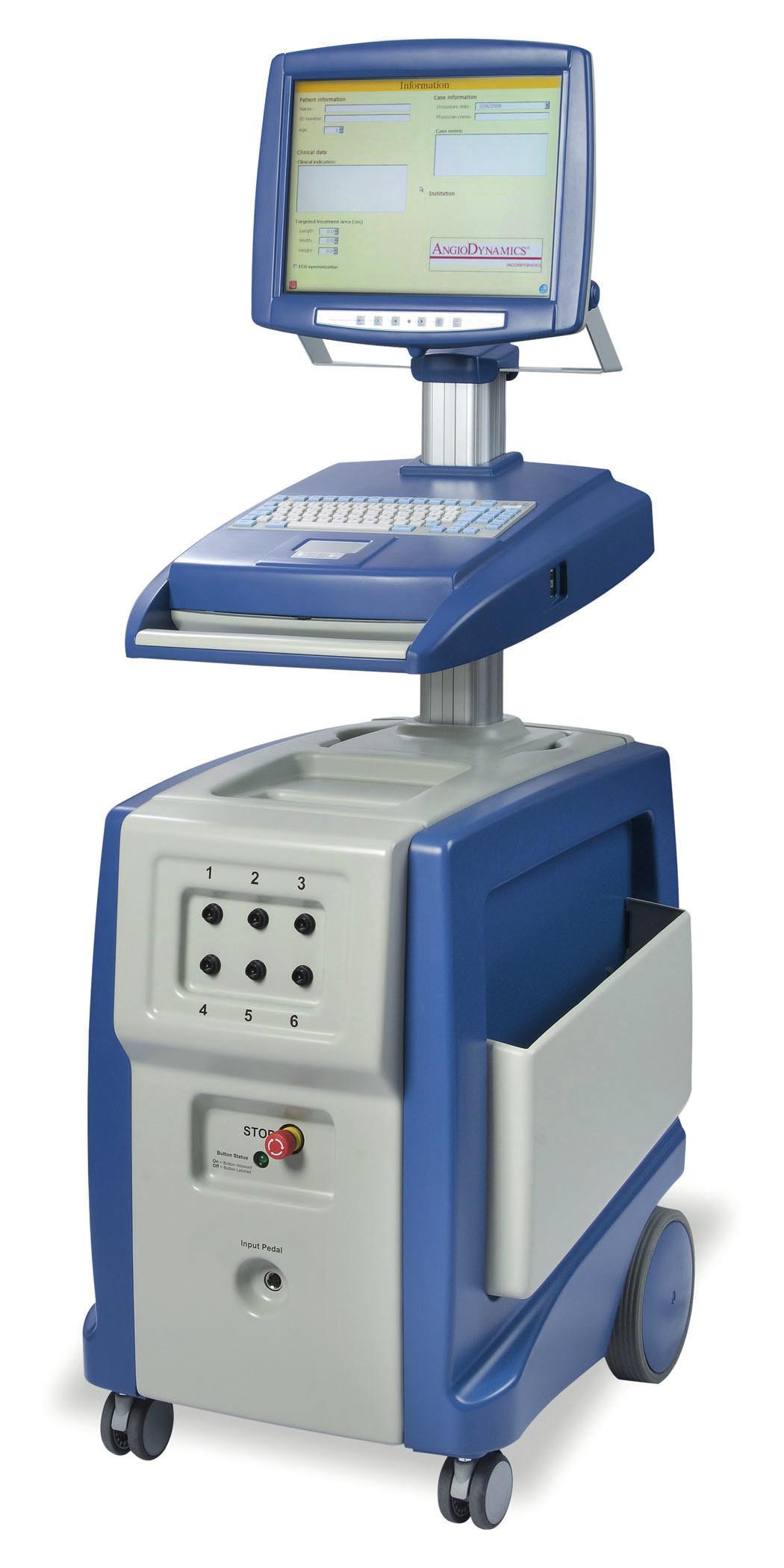 Generátor elektrických pulzů IRE (Angiodynamics, USA) Fig. 1. Electrical pulses generator of IRE (Angiodynamics, USA)