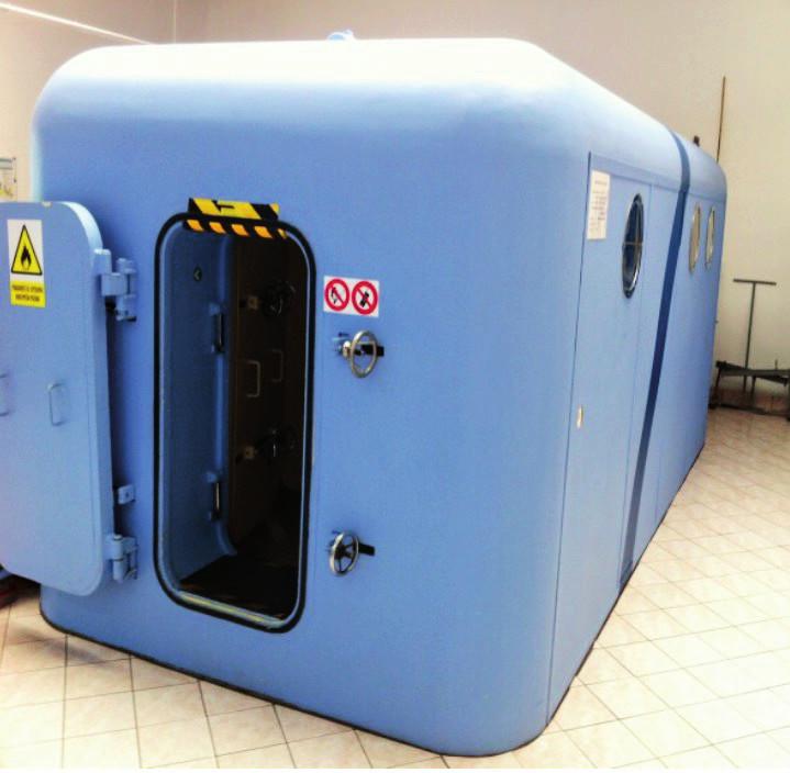 Pracoviště hyperbarické komory.