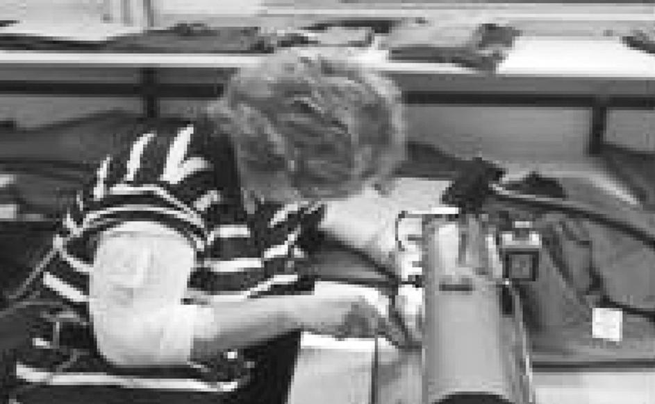 Poloha hlavy a krku výrazně statického charakteru v převaze směny u profese šička