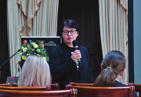 Hlavní organizátorka IBD pracovních dnů v Hořovicích MUDr. Zuzana Šerclová.<br> Fig. 2. The main organizer of IBD working days in Hořovice – Zuzana Šerclová, MD.