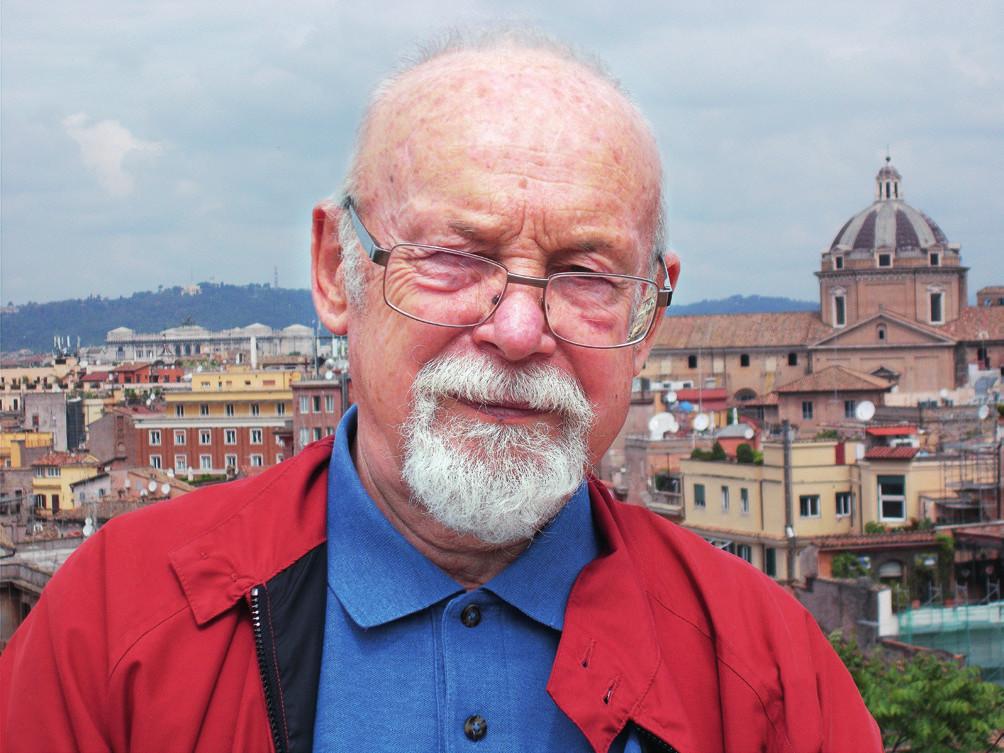 Fotografie pana profesora pochází z Říma, kde během svého působení v Istituto Superiore di Sanitá získal mnoho přátel, a proto se tam často vrací