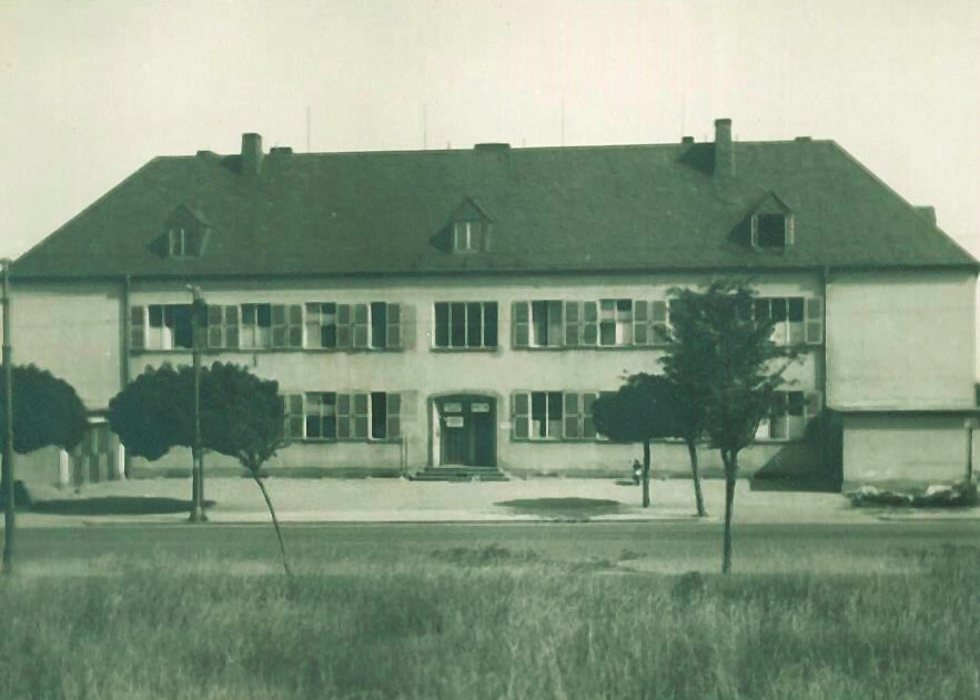 Nová budova dětské kliniky r. 1946. Archiv UP.